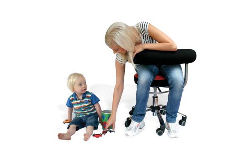 Sanus gezondheidsstoel, bureaustoel rood zwart Baaslevert.